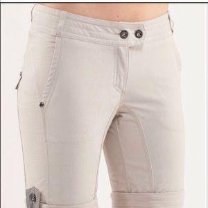 Lululemon cargo shorts with reflective tab